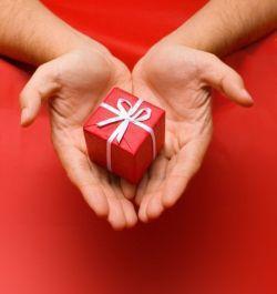 Заговор для того чтобы подарил подарок