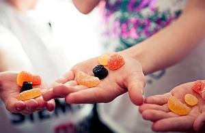 Вызывание маного гнома конфетами