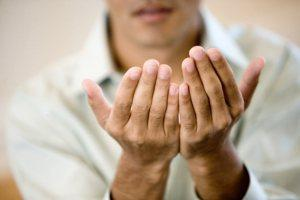 Лечение бородавок заговорами и народными средствами
