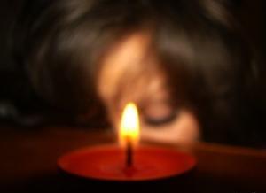 Приворот на церковных свечах - три настящих ритуала
