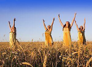 Молитвы на урожай в саду или огороде