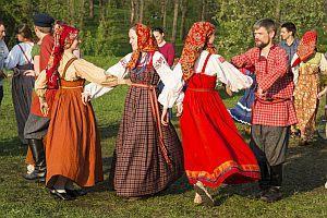 Народные традиции и обычаи