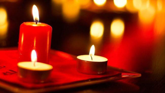 Вода и свечи