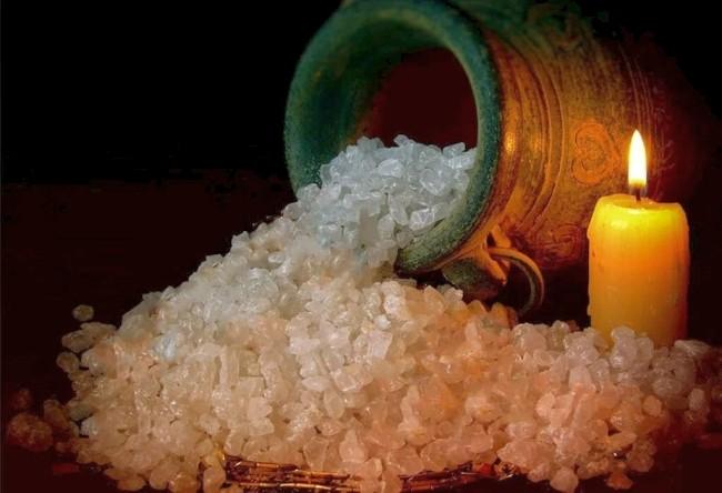 как заговорить четверговую соль