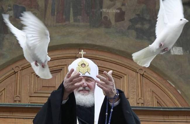 выпуск голубей на Блоговещенье