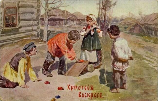 Традиционное катание яиц