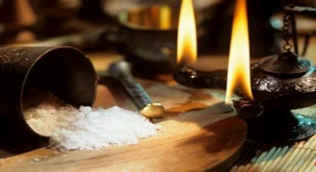 Сильный заговор на рассорку с солью